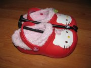 CROCS HELLO KITTY LINED CUSTOM CLOG
