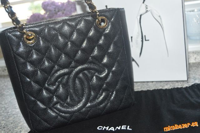 7663f52421 Prodám - Chanel petite shopping tote