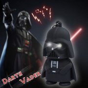 LED zvukový přívěšek Star Wars Darth Vader
