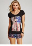 GUESS Icon Graphic American Flag T Tee Top Black O