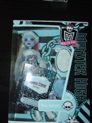 Monster High panenka Abbey Bominable