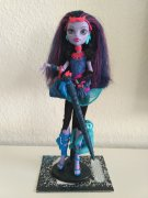 Jane Boolittle,  MONSTER HIGH