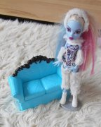 Monster High SET ABBEY  +  POHOVKA