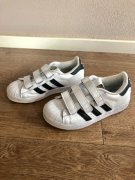 Adidas Superstar vel 33