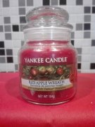 Vonna svicka YANKEE CANDLE Red Apple Wreath 104 gr