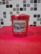 Votivni svicka YANKEE CANDLE Winter Berries 49gr