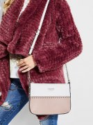 Kabelka GUESS Kamryn Color-Block Mini Crossbody