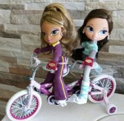 BRATZ Kids set na kole