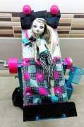 Monster High Frankie a postel..komplet