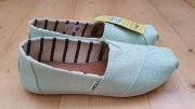 TOMS Heritage Canvas