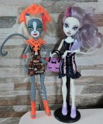 Monster high Mewlody jarní edice a Catrin Scaris