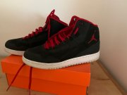 Nike Air Jordan team hustle vel. 36